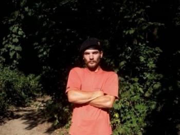 KNIGHT 30 éves társkereső profilképe