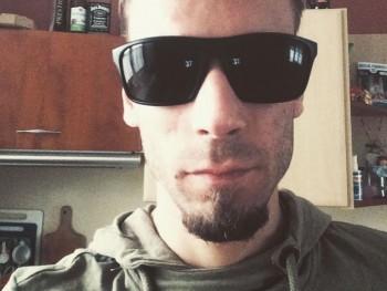 OmenofWhiskey 27 éves társkereső profilképe