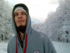 fbeni91 - 28 éves társkereső fotója