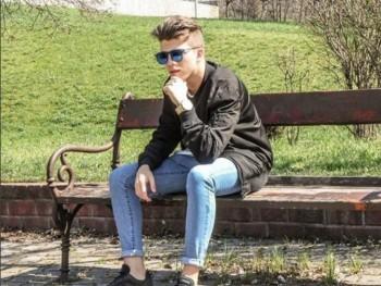 darubalint 21 éves társkereső profilképe