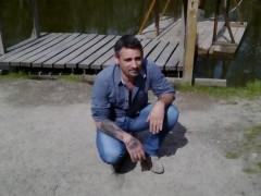 malformed - 47 éves társkereső fotója