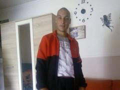 töki214 - 31 éves társkereső fotója
