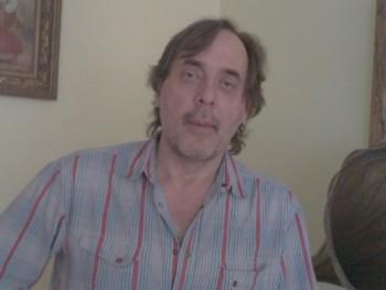 László555 63 éves társkereső profilképe