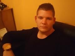 Szasza95 - 24 éves társkereső fotója