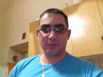 bubus 42 éves társkereső profilképe
