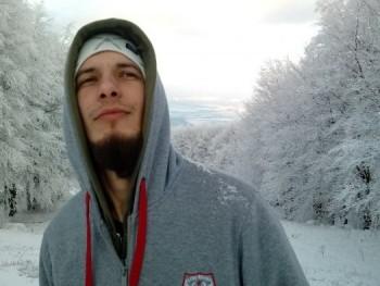 fbeni91 29 éves társkereső profilképe