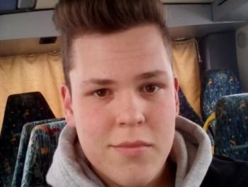 Szabika99 21 éves társkereső profilképe