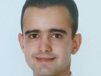 Zolkó 26 éves társkereső profilképe