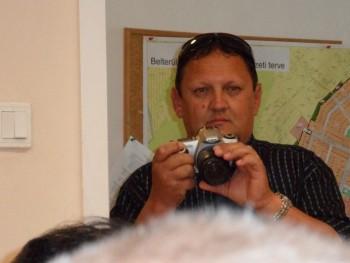 Markham 50 éves társkereső profilképe