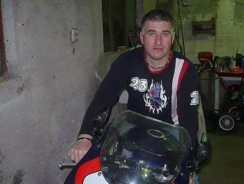 zidan67 52 éves társkereső profilképe