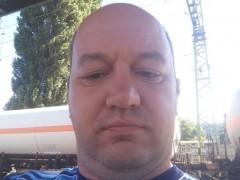 Endi76 - 43 éves társkereső fotója
