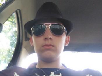 Zsolt 100 17 éves társkereső profilképe