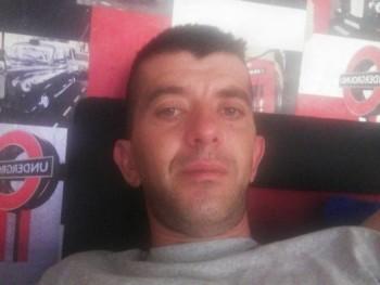 Tibcsi35 37 éves társkereső profilképe