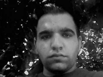 beriádám 21 éves társkereső profilképe