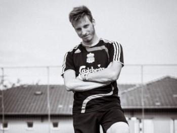 elvilaci23 21 éves társkereső profilképe