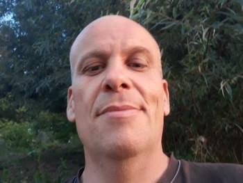 jozef 41 éves társkereső profilképe