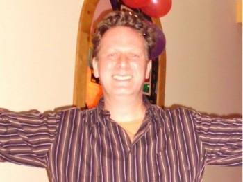 Morfeus 50 éves társkereső profilképe