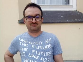 pukler 36 éves társkereső profilképe