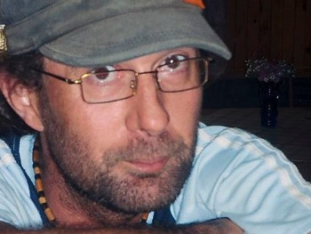 fido 46 éves társkereső profilképe