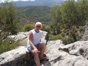 vidrat 69 éves társkereső profilképe