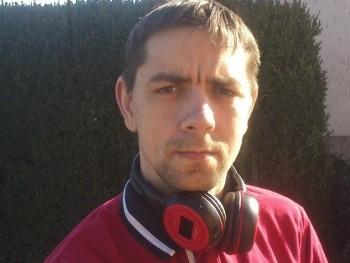 Maxfield 36 éves társkereső profilképe