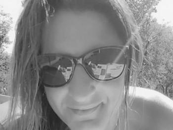 Krisztin40 42 éves társkereső profilképe