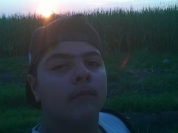 Norbertplay12 18 éves társkereső profilképe