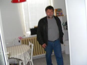 sierejoe 60 éves társkereső profilképe