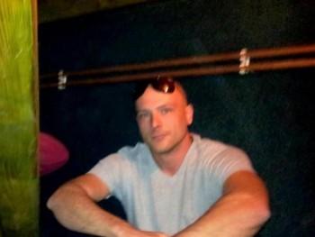 Zsolek 35 éves társkereső profilképe