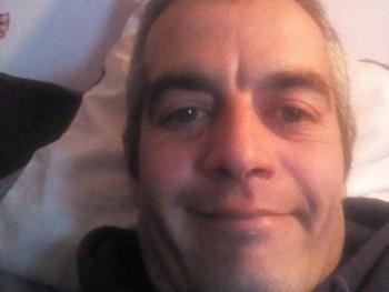 Zoli0330 38 éves társkereső profilképe