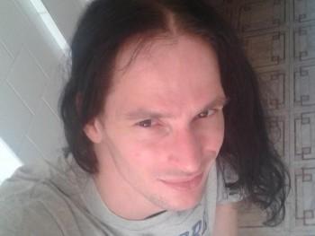 Rocky 86 35 éves társkereső profilképe