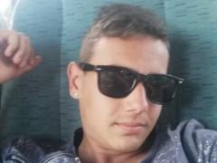 Attila21 - 18 éves társkereső fotója