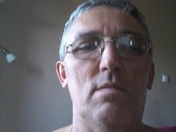 mura 60 éves társkereső profilképe