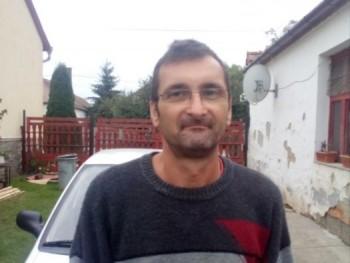 vedorobert 52 éves társkereső profilképe