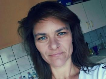 Mónikaaaa 43 éves társkereső profilképe