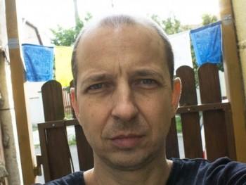 kunga 43 éves társkereső profilképe