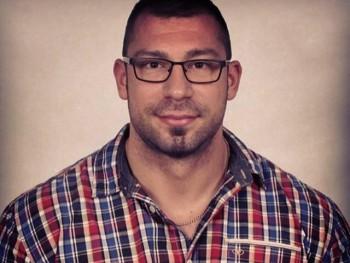 tyson223 34 éves társkereső profilképe