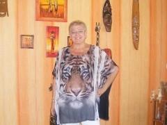 MONIKA - 53 éves társkereső fotója