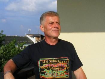 Georgeo 68 éves társkereső profilképe