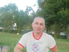 László0529 - 47 éves társkereső fotója