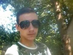 Dávid03837 - 18 éves társkereső fotója