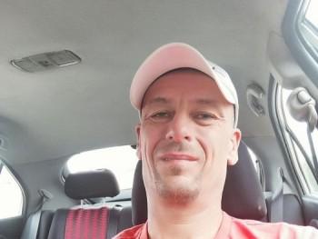 Petyaxxx 46 éves társkereső profilképe