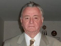 Tibor 1941 - 79 éves társkereső fotója