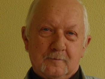 Télapu 68 éves társkereső profilképe