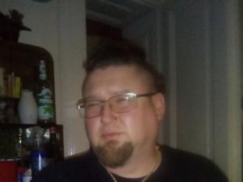 nyunyu 47 éves társkereső profilképe