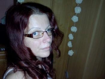 LINA 40 éves társkereső profilképe