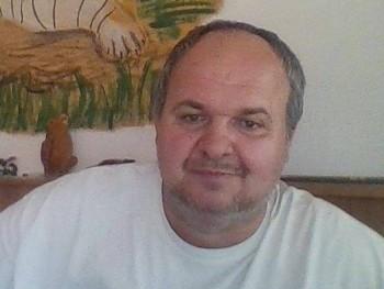 feri5 46 éves társkereső profilképe