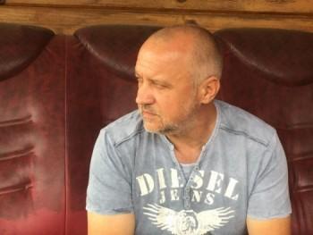zssolt 48 éves társkereső profilképe