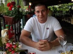 Tibi26 - 33 éves társkereső fotója