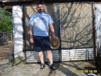 Piotr 48 éves társkereső profilképe